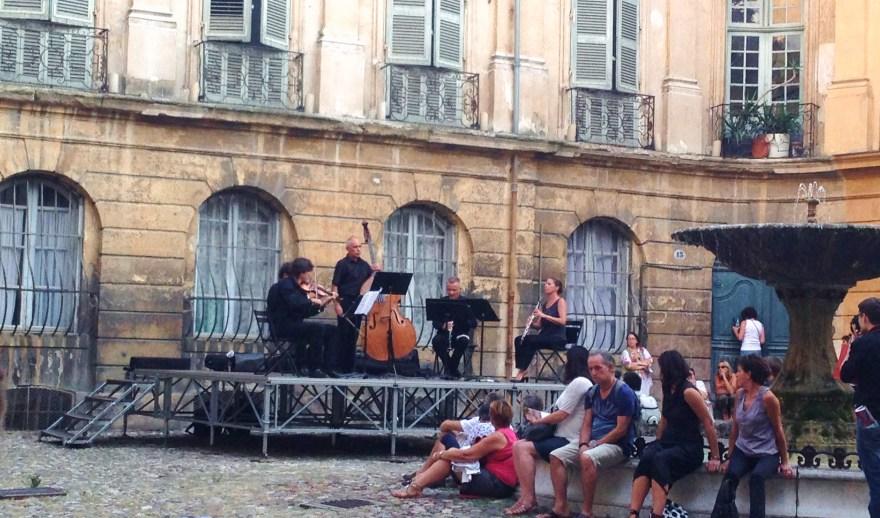 Musique dans la rue Aix enProvence